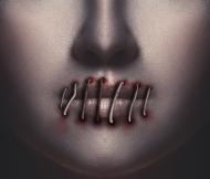 Maseczka z nadrukiem - zaszyte usta