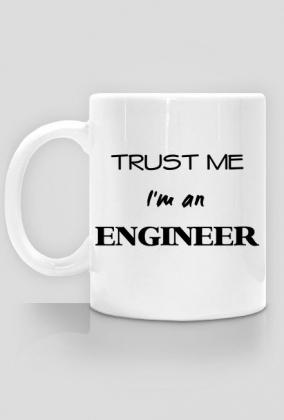 Prezent na obronę pracy inżynierskiej - kubek Trust me I'm an engineer