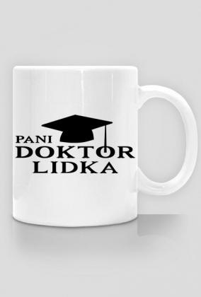 Kubek Pani Doktor z imieniem Lidka