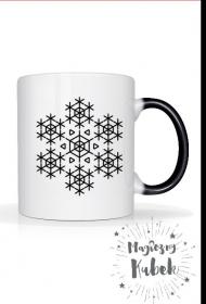 magiczny kubek ze  śnieżynką