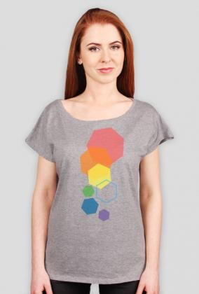 Luźny t-shirt damski w heksagony