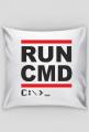 Miękka poduszka dobra na prezent dla informatyka lub programisty, na urodziny, pod choinkę, na mikołajki -  RUN CMD
