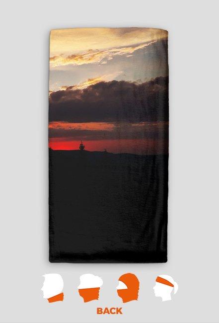 Komin - Zachód Słońca w górach