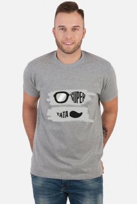 Urodzony w urodziny - Super Tata - idealny prezent dla taty na dzień ojca i urodziny - okulary - wąsy - szare tło - koszulka męska